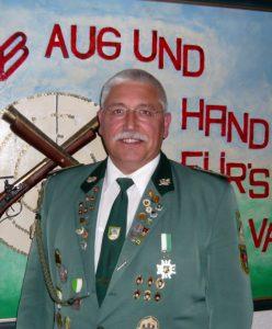 1. Vorsitzender des Schützenverein Velpke Klaus Böhm